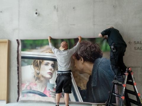 """set photograph: Marion Stalens, """"Sans Titre"""" de Léos Carax avec Catherine Deneuve, 1999"""